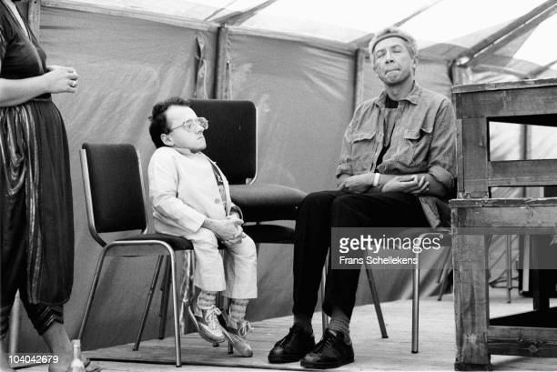 Charles Lloyd meditating before performing with Michel Petruccianni at The North Sea Jazz Festival on July 19 1983 in The Hague, Netherlands.