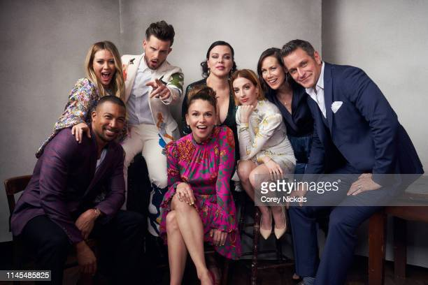 Charles Michael Davis Hilary Duff Nico Tortorella Sutton Foster Debi Mazar Molly Bernard Miriam Shor and Peter Hermann of the series 'Younger pose...