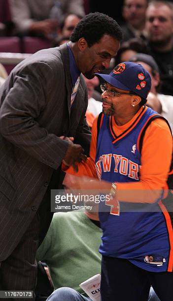 Charles Oakley and Spike Lee during Celebrities Attend Washington Wizards vs New York Knicks Game November 15 2006 at Madison Square Garden in New...