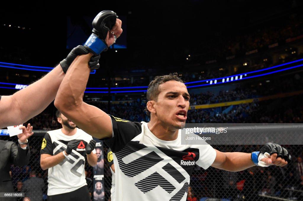 UFC 210: Brooks v Oliveira : Nieuwsfoto's