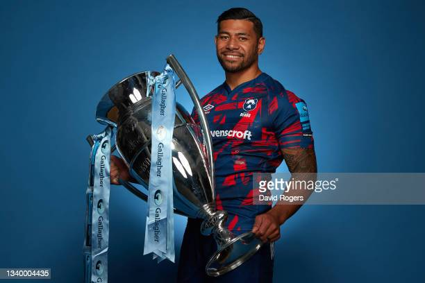 Charles Piutau of Bristol Bears poses for a photo with the Gallagher Premiership Trophy during the Gallagher Premiership Rugby Season Launch at...