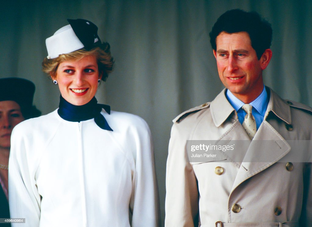 Charles, Prince of Wales, and Diana, Princess of Wales during Official vist to Portugal : News Photo