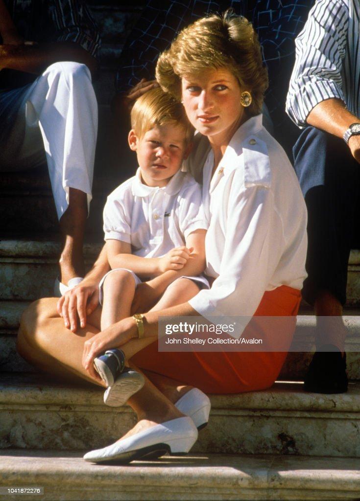 Charles, Prince of Wales, and Diana, Pri.......... : News Photo