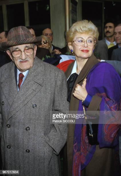 Charles Vanel et son épouse Arlette le 19 décembre 1985 à Nice France