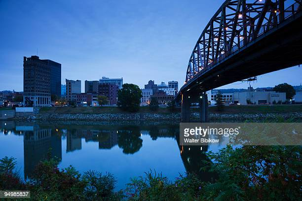 charleston, city view from the kanawha river - charleston west virginia stock pictures, royalty-free photos & images