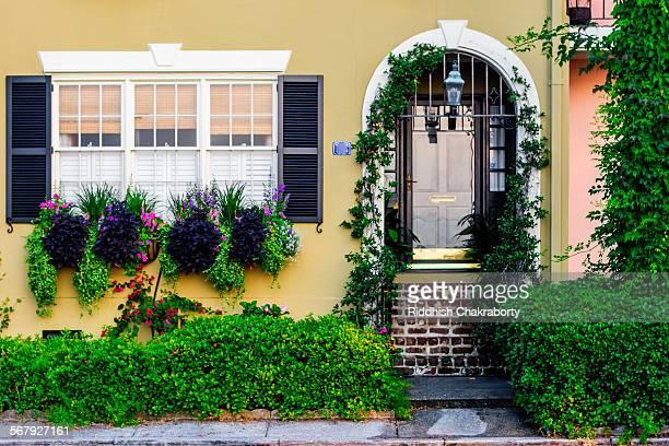 Charleston Living