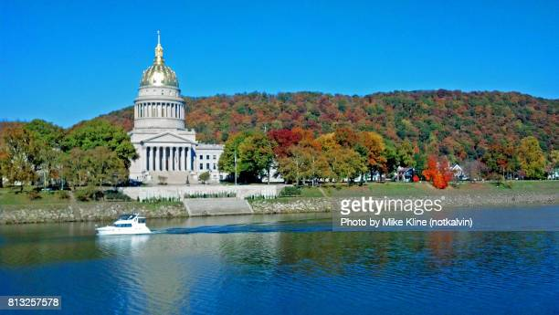 charleston west virginia capitol building - charleston west virginia stock photos and pictures
