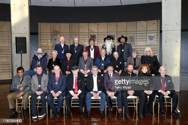 Charley Pride, Randy Travis, Bud Wendell, Jerry Bradley, Ray Stevens, Kix Brooks, Ronnie Dunn, Reba McEntire, and Ralph Emery. Charlie Daniels,...