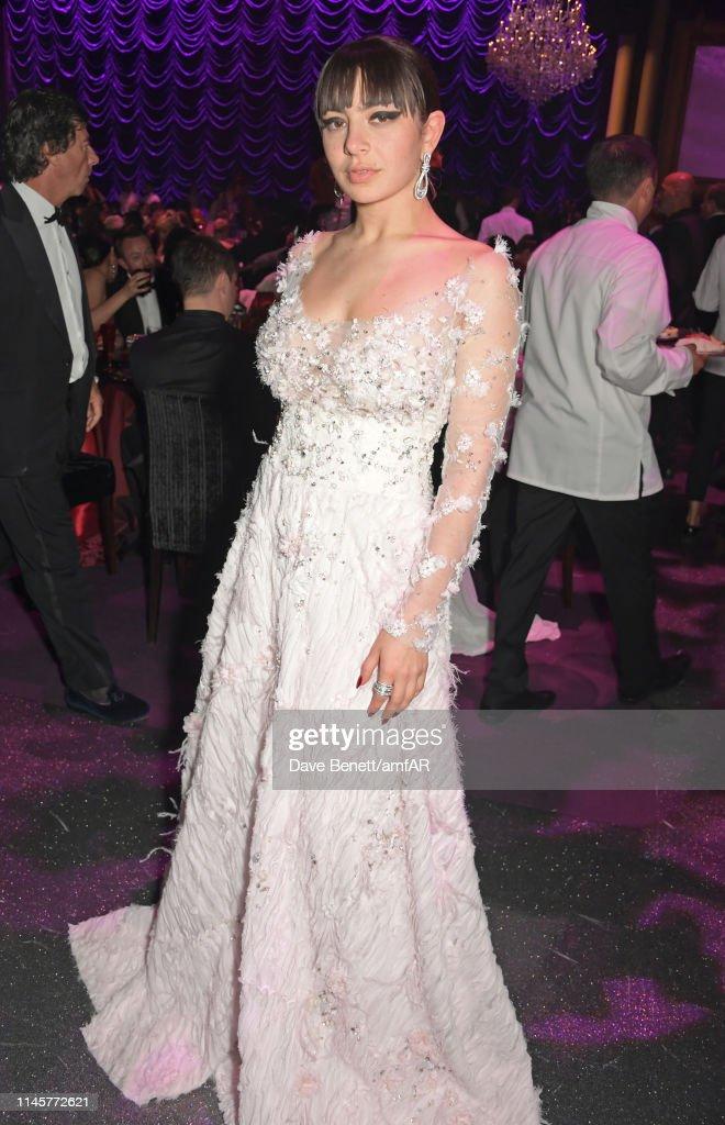 Permalink to Charli Xcx Amfar Cannes Gala