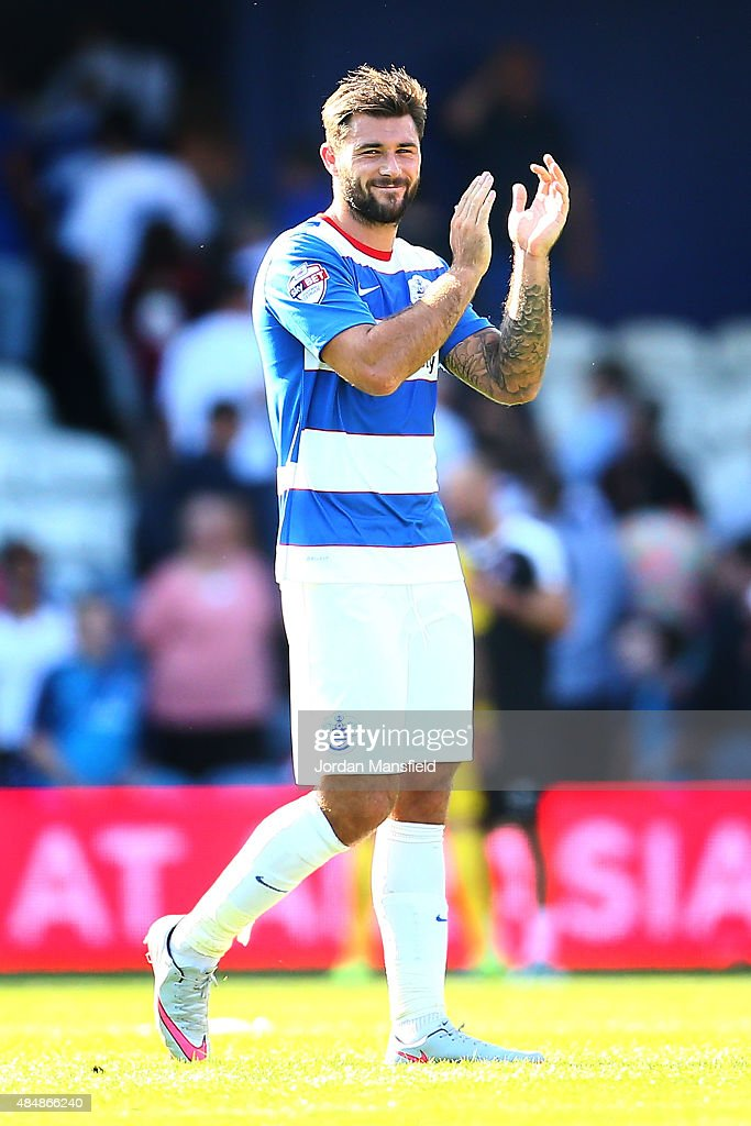 Charlie Austin of QPR acknowledges the crowd after the final whistle during the Sky Bet Championship match between Queens Park Rangers and Rotherham United at Loftus Road on August 22, 2015 in London, England.