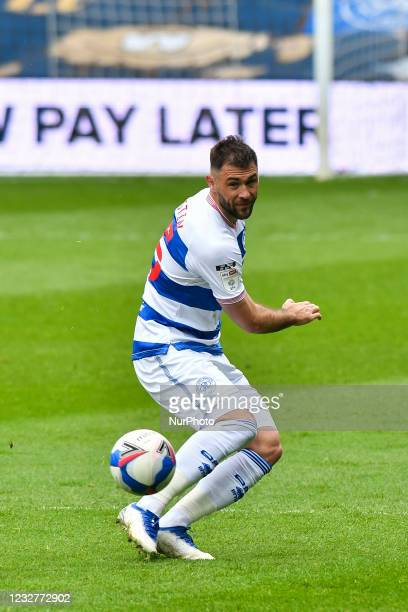 Charlie Austin of QPR in action during the Sky Bet Championship match between Queens Park Rangers and Luton Town at Loftus Road Stadium, London on...