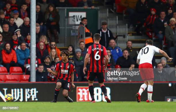 Charlie Austin of Southampton scores his sides first goal during the Premier League match between AFC Bournemouth and Southampton at Vitality Stadium...