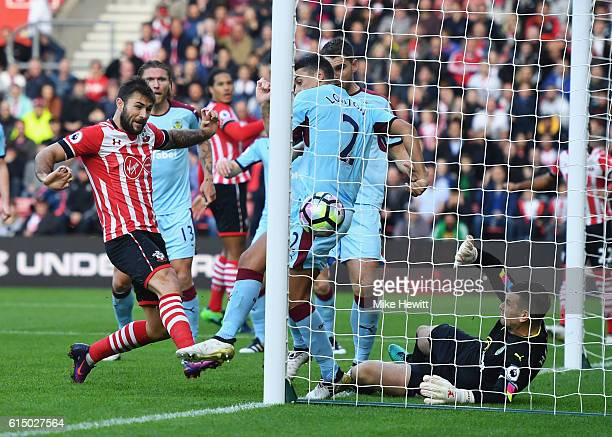 Charlie Austin of Southampton scores their first goal during the Premier League match between Southampton and Burnley at St Mary's Stadium on October...