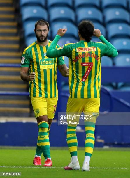 Charlie Austin of West Bromwich Albion celebrates after he scores from the penalty spot during the Sky Bet Championship match between Sheffield...
