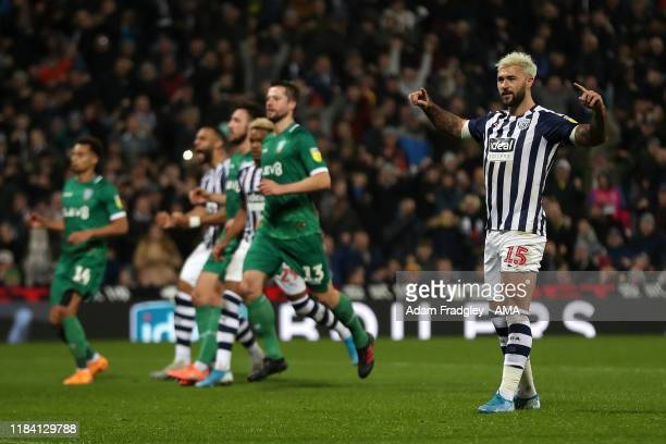 Charlie Austin of West Bromwich Albion celebrates after scoring a goal to make it 2-1 during the Sky Bet Championship match between West Bromwich...