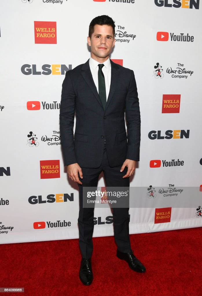 Charlie Carver at the 2017 GLSEN Respect Awards at the Beverly Wilshire Hotel on October 20, 2017 in Los Angeles, California.