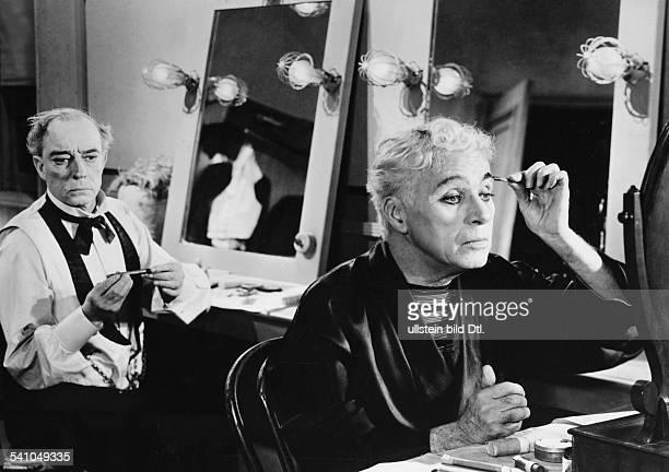 Charlie Chaplin*16041889Schauspieler Regisseur GrossbritannienBuster Keaton und Chaplin in 'Limelight' 1952