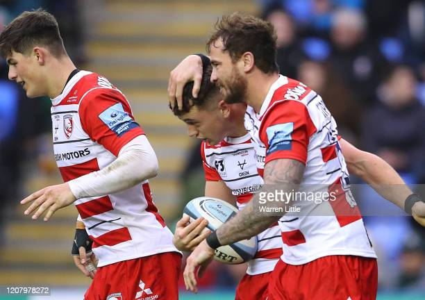 Charlie Chapman of Gloucester is congratulated by team mate Danny Cipriani after scoring a try during the Gallagher Premiership Rugby match between...