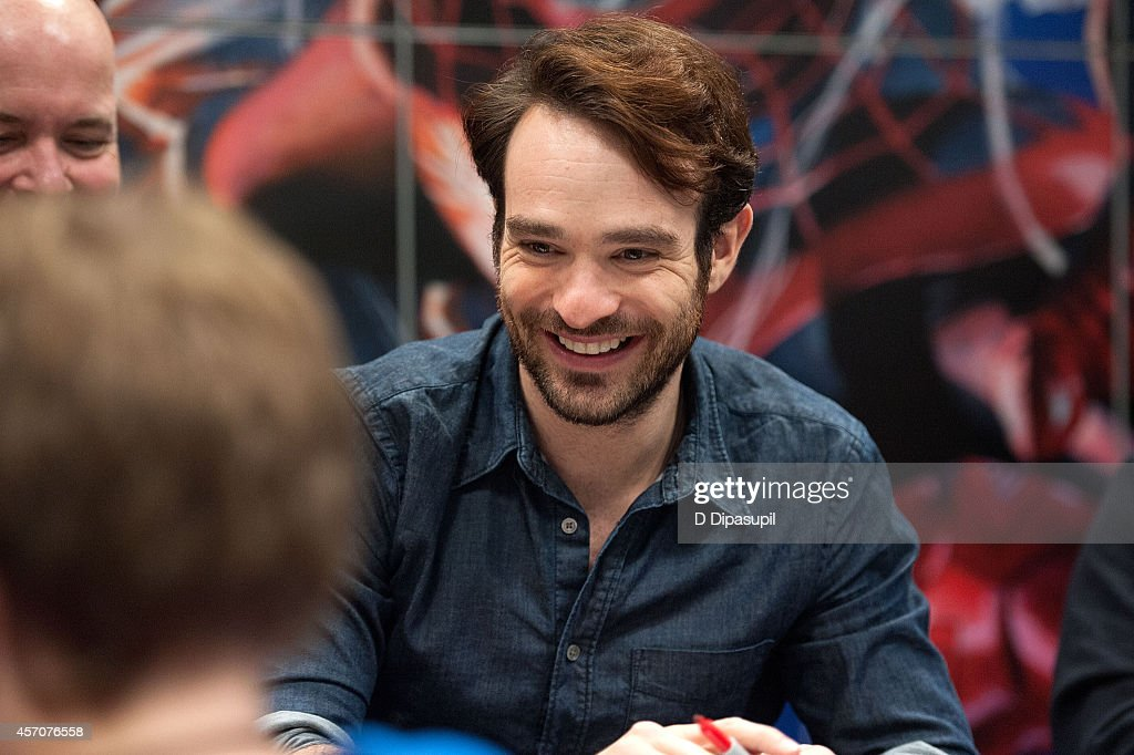 Netflix Original Series 'Marvel's Daredevil' New York Comic-Con Panel & Cast Signing : News Photo