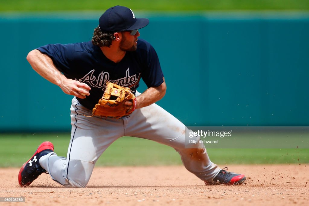 Charlie Culberson #16 of the Atlanta Braves throws to second base against the St. Louis Cardinals in the sixth inning at Busch Stadium on July 1, 2018 in St. Louis, Missouri.