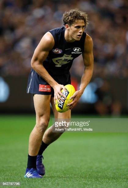 Charlie Curnow of the Blues in action during the 2018 AFL round 03 match between the Carlton Blues and the Collingwood Magpies at the Melbourne...