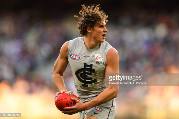 Charlie Curnow of the Blues in action during the 2018 AFL round 21 match between the Fremantle Dockers and the Carlton Blues at Optus Stadium on...