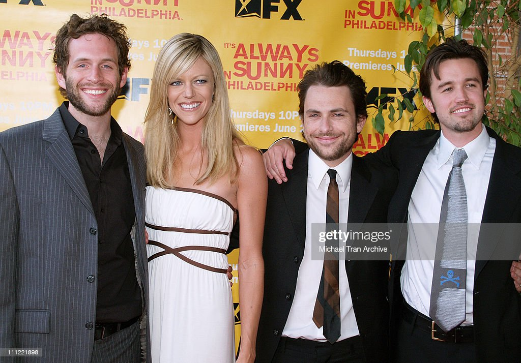 """It's Always Sunny in Philadelphia"" Season Two Premiere - Arrivals : Nachrichtenfoto"