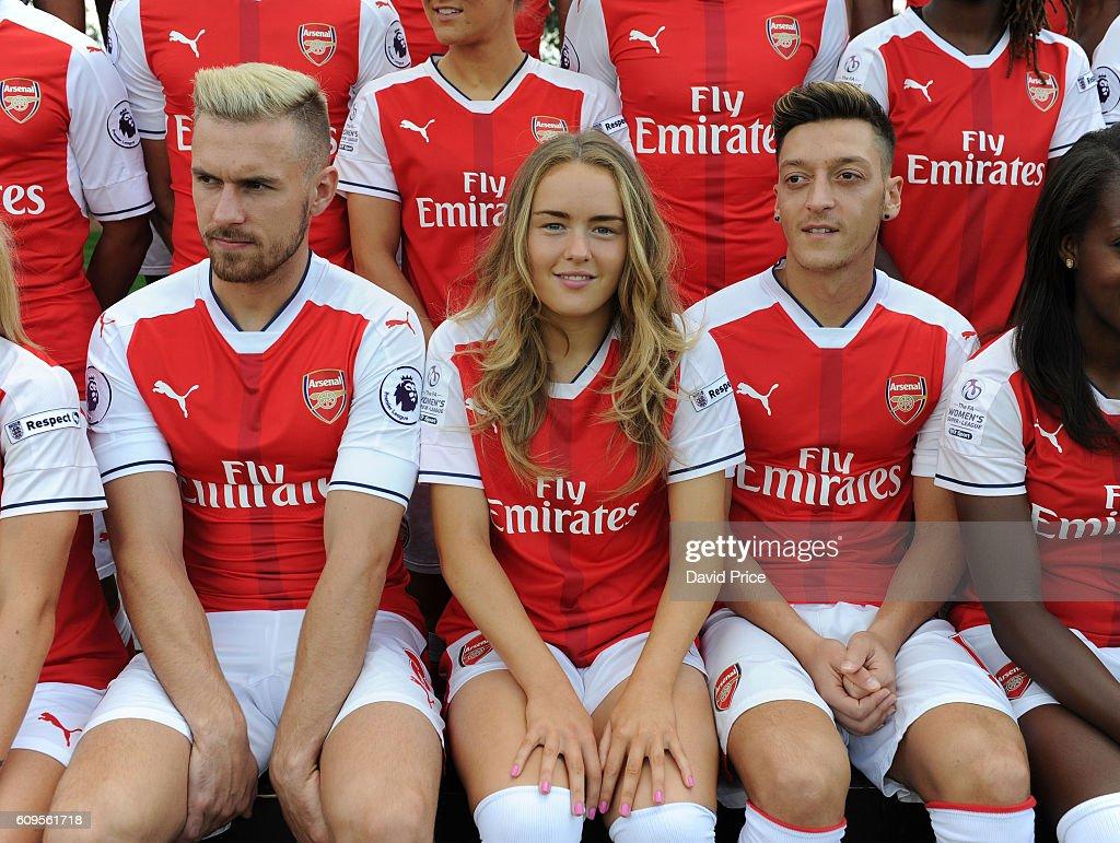 Arsenal 1st Team Squad:Season 2016/17 : News Photo