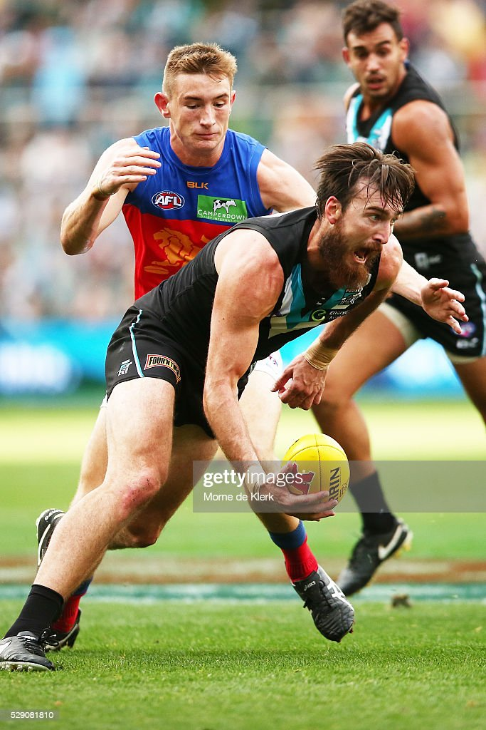 Charlie Dixon of the Power wins the ball during the round seven AFL match between the Port Adelaide Power and the Brisbane Lions at Adelaide Oval on May 8, 2016 in Adelaide, Australia.
