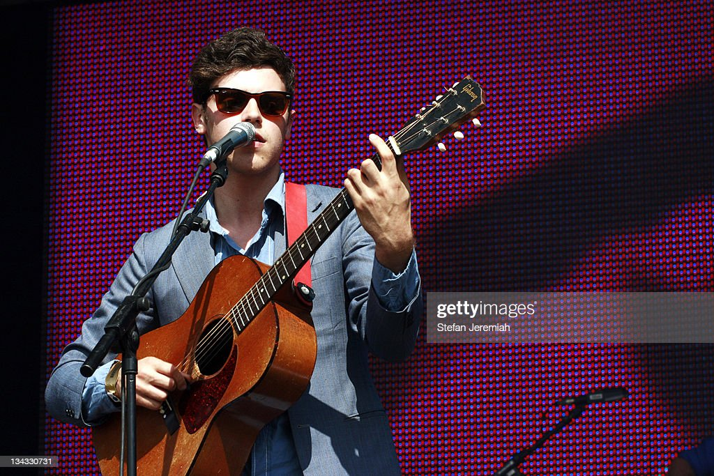 Charlie Fink of Noah and the whale performs at Get Loaded in the Park at Clapham Common on August 24, 2008 in London, England.
