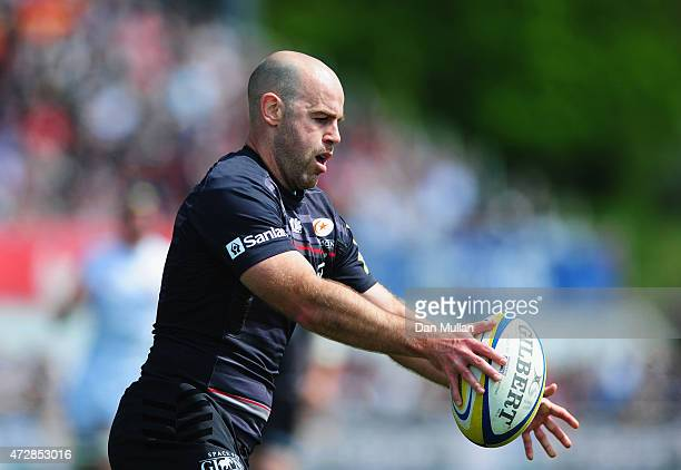 Charlie Hodgson of Saracens in action during the Aviva Premiership match between Saracens and Exeter Chiefs at Allianz Park on May 10 2015 in Barnet...