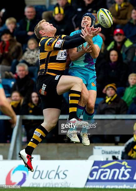 Charlie Ingall of Wasps battles for an aerial ball with Myles Dorrian of Exeter during the LV= Cup match between London Wasps and Exeter Chiefs at...