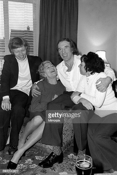 Charlie Kray at the home of his friend at St Mary Gray Kent with him his son Gray and his mother Violet January 1975 7500141002