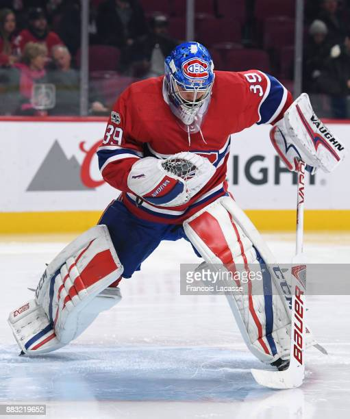 Charlie Lindgren of the Montreal Canadiens during the NHL game against the Toronto Maple Leafs at the Bell Centre on November 18 2017 in Montreal...