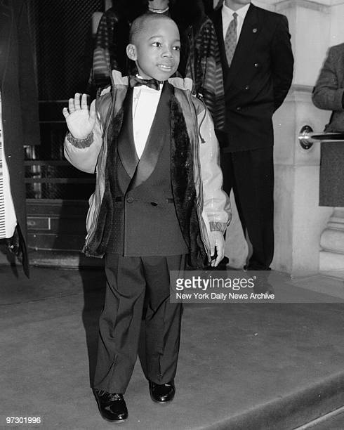 Charlie Murphy Eddie Murphys nephew who is the Ring Bearer arrives for wedding