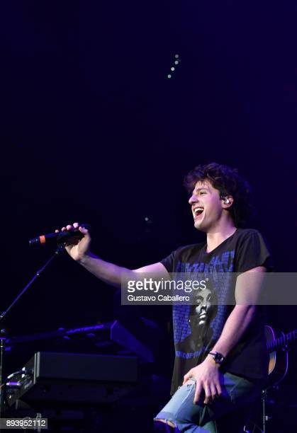Charlie Puth performs onstage during 933 FLZ's Jingle Ball 2017 at Amalie Arena on December 16 2017 in Tampa Florida