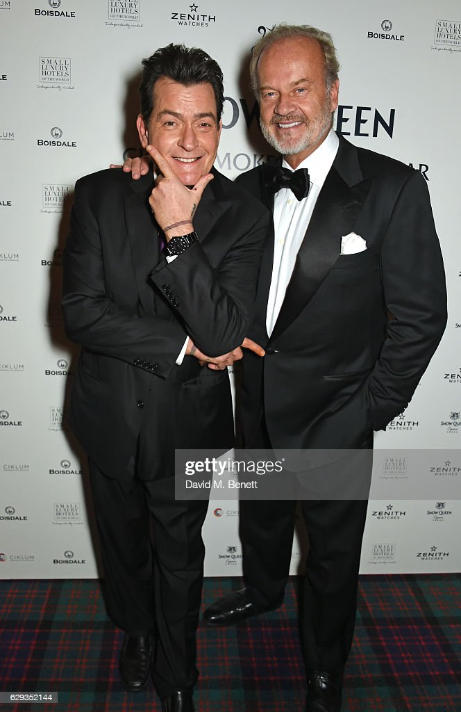 Charlie Sheen (L) and Kelsey Grammer attend the Snow Queen Cigar Smoker of the Year awards at Boisdale of Canary Wharf on December 12, 2016 in London, England.