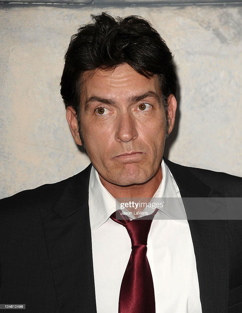 Comedy Central's Roast Of Charlie Sheen - Arrivals : News Photo