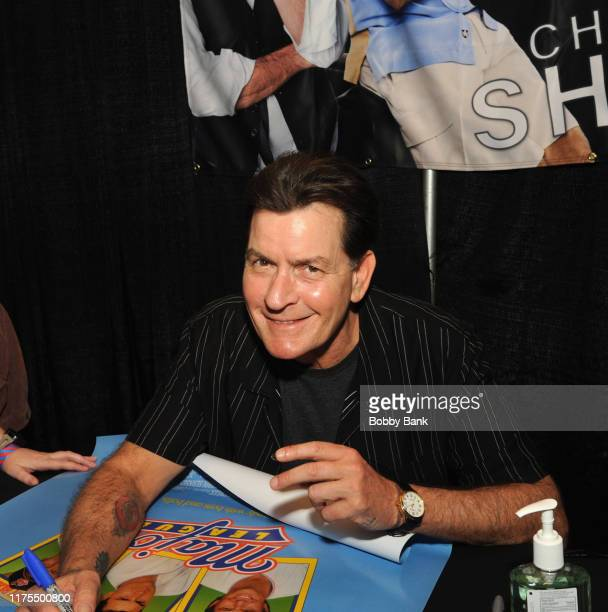 Charlie Sheen attends the New Jersey Horror Con 2019 at Showboat Hotel in Atlantic City on October 12, 2019 in Atlantic City City.