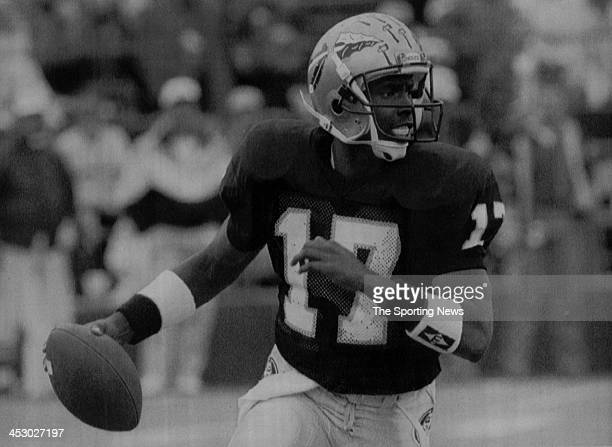Charlie Ward of the Florida State Seminoles on November 7 1992 at Doak Campbell Stadium in Tallahassee Florida Ward played for the Seminoles from...
