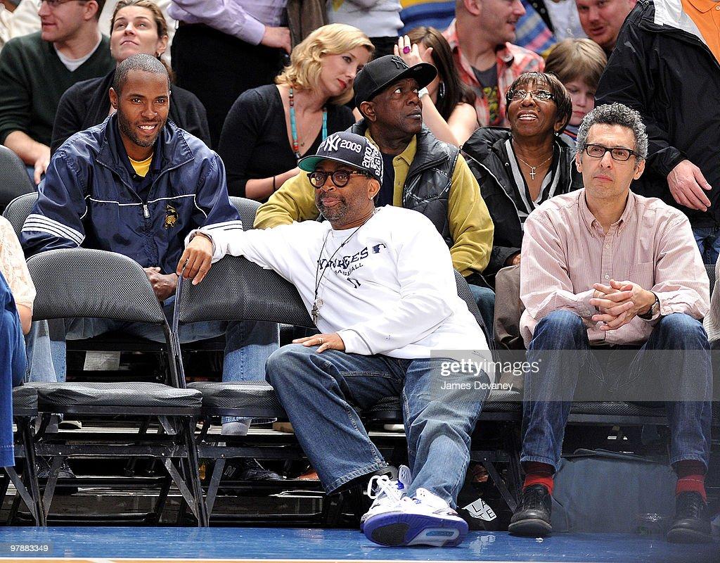 Celebrities Attend Philadelphia 76ers Vs New York Knicks - March 19, 2010