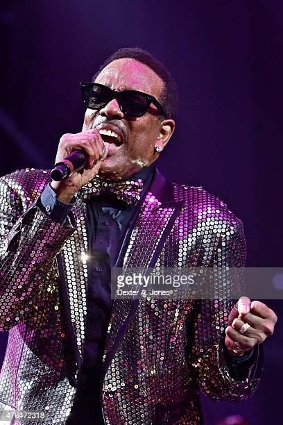 Charlie Wilson performs at Mohegan Sun on June 6 2015 in Uncasville Connecticut