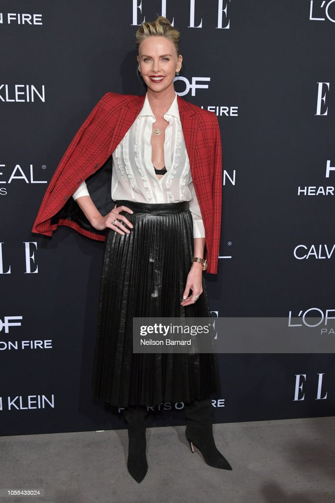ELLE's 25th Annual Women In Hollywood Celebration Presented By L'Oreal Paris, Hearts On Fire And CALVIN KLEIN - Red Carpet : News Photo