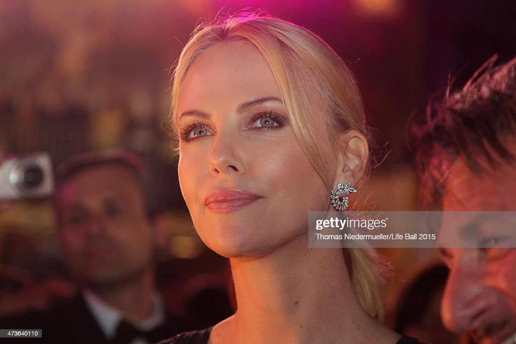 Charlize Theron attends the Life Ball 2015 at City Hall on May 16, 2015 in Vienna, Austria.