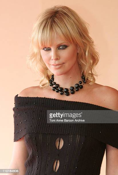 Charlize Theron during 2003 Deauville Film Festival 'Italian Job' Photocall at CID in Deauville France
