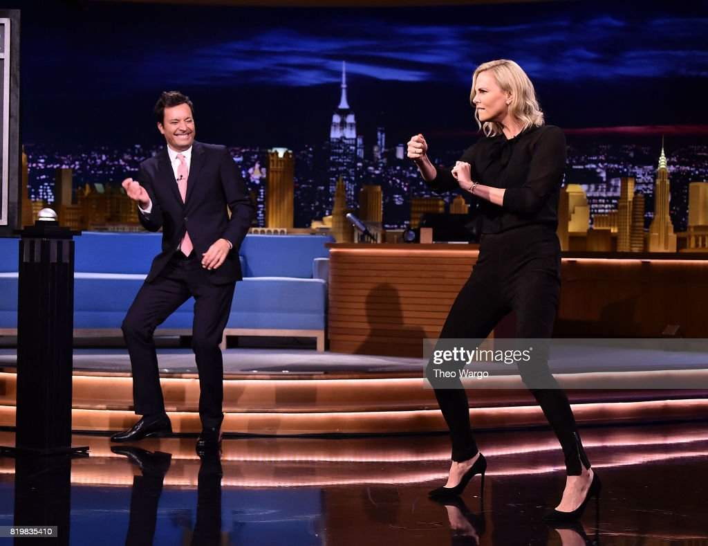"""Charlize Theron Visits """"The Tonight Show Starring Jimmy Fallon"""" : News Photo"""