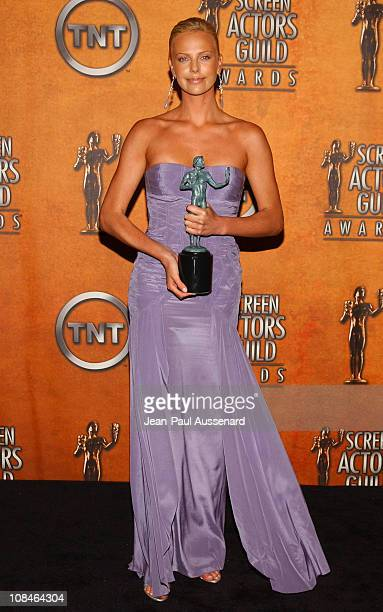Charlize Theron winner of Outstanding Performance by a Female Actor in a Leading Role for 'Monster'
