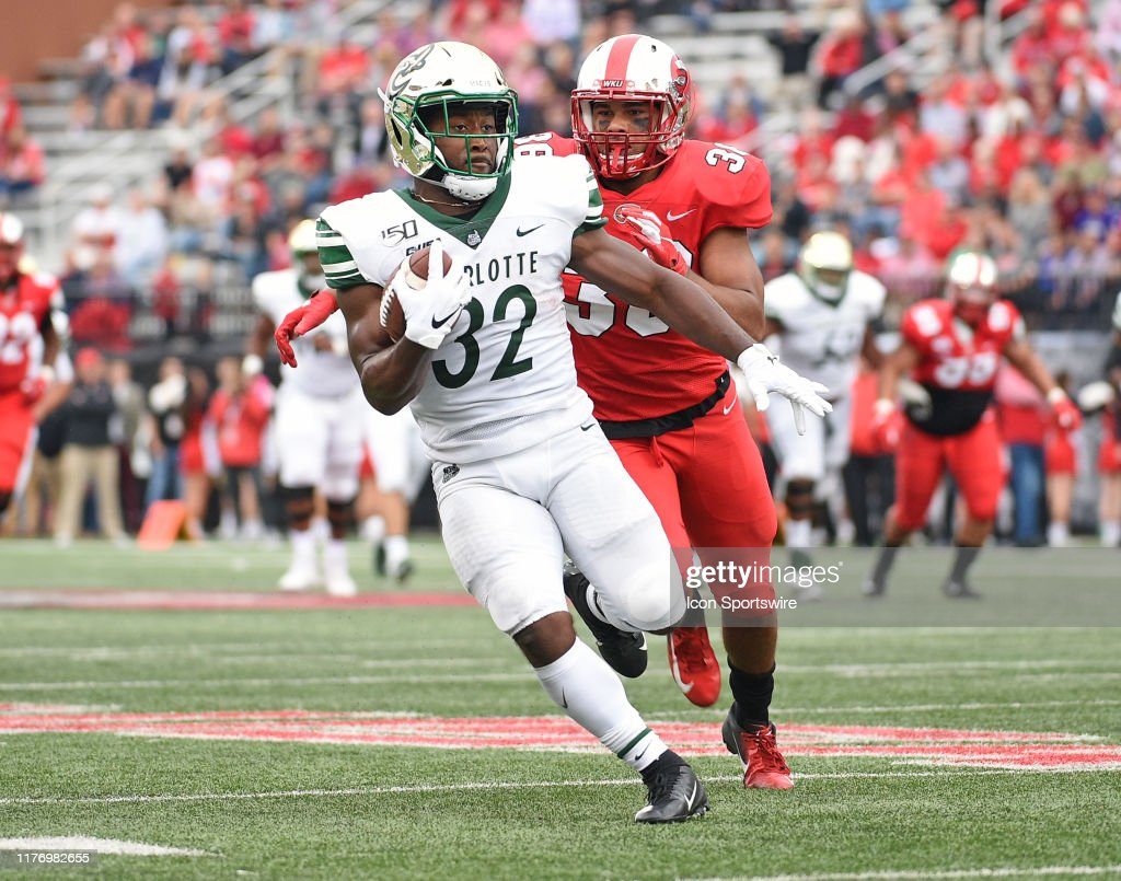 COLLEGE FOOTBALL: OCT 19 Charlotte at Western Kentucky : News Photo