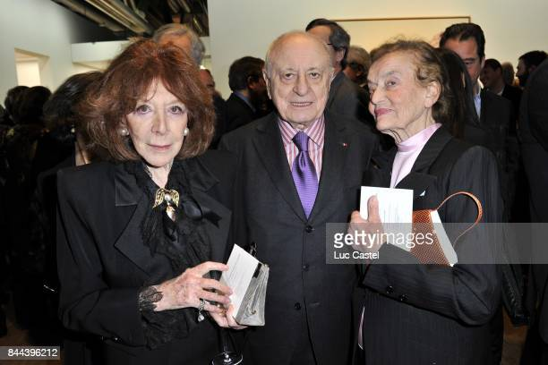 Charlotte Aillaud Pierre Berge and Claude Lalanne attend the Diner des amis du Centre Pompidou on February 07 2012 in Paris France
