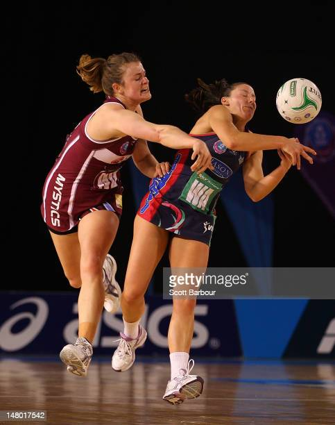 Charlotte Kight of the Mystics and Madison Browne of the Vixens compete for the ball during the Major Semi Final ANZ Championship match between the...